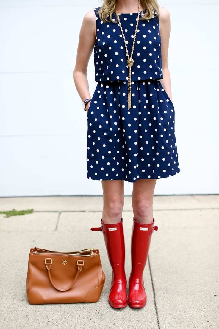 Red hunter boots / polka dot dress