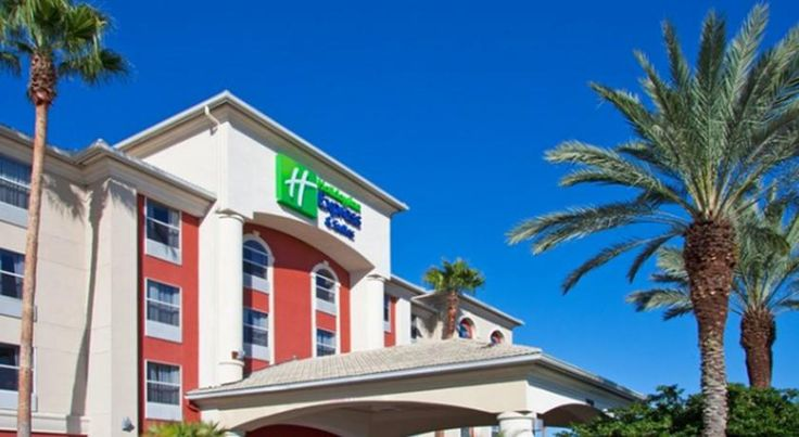 Holiday Inn Express & Suites Orlando International Airport Orlando This Holiday Inn Express provides a free transfer service to the Orlando International Airport, less than 3.2 km away. A daily continental breakfast is also included along with free WiFi.