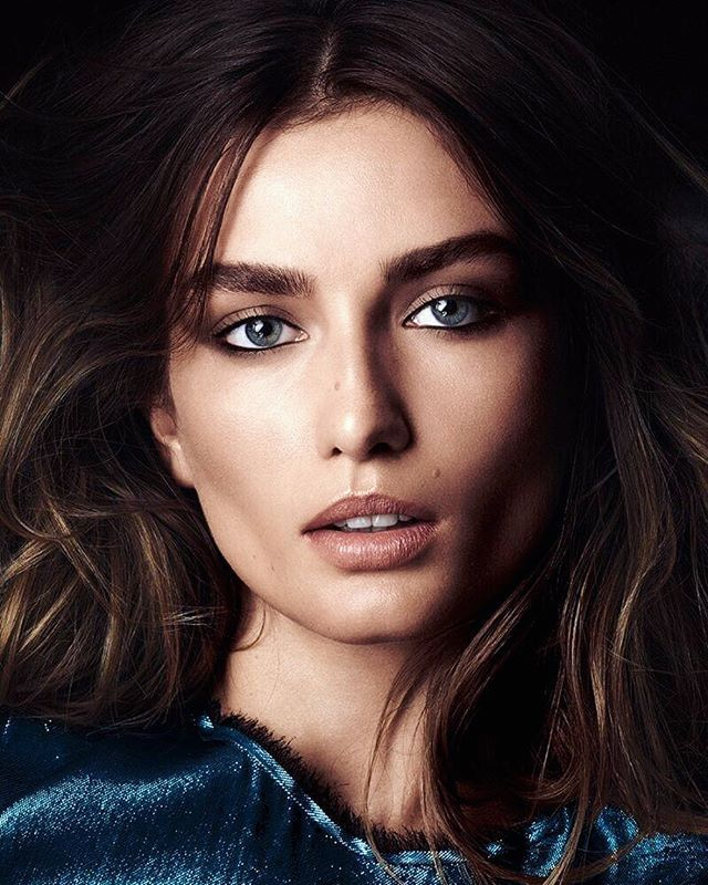 2017/12/15 02:14:40 andreeadiaconuruss Hey, Guys! We're starting sum up the year  I'll be using hashtag #Diddy2017 Check my stories! And don't miss all the polls  Today we choose best event look  #andreeadiaconu #models #andreeadiddy #romania #model #topmodels #romanian #topmodel #supermodel #supermodels #victoriassecret #naturalbeauty #victoriasecret #brunette #blueeyes #greeneyes #img #imgmodel #tbt  #fashion #bobbybrown