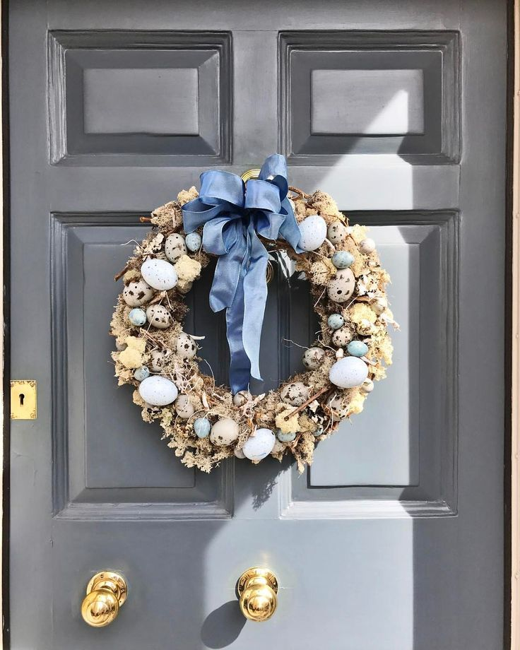 "92 Likes, 3 Comments - 🇬🇧 (@palebluegingham) on Instagram: ""My idea of wreath heaven! #doorgorgeoustoo! #besteasterwreath #quailseggs @tickle_scrabble…"""