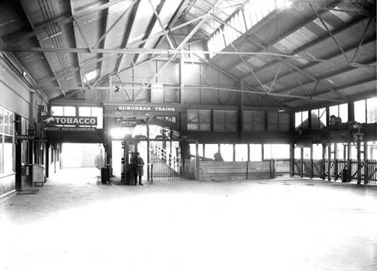 Concourse, Spencer Street Station, c. 1924