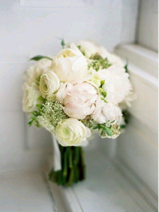 White peonies ranunculus bouquet weddings pinterest