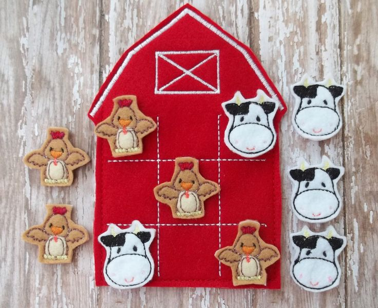 Barn, Chickens and Cows Tic Tac Toe  Embroidered Felt Game for Children and Adults by cabincraftycreations on Etsy https://www.etsy.com/listing/202267923/barn-chickens-and-cows-tic-tac-toe