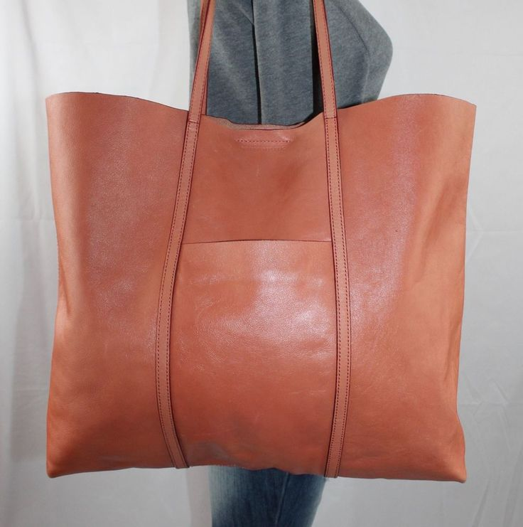 BANANA REPUBLIC Large Coral Leather Shoulder Hobo Tote Satchel Slouch Purse Bag #BananaRepublic #ToteShoppers