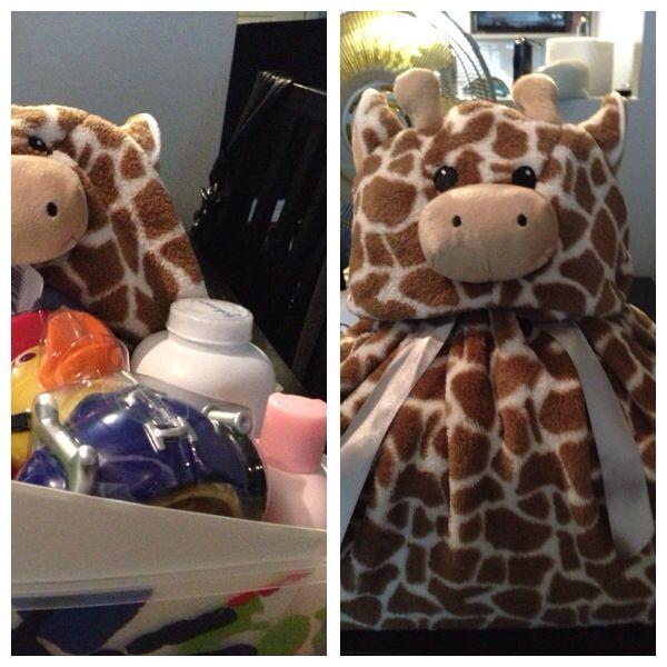 Baby shower gift giraffe box