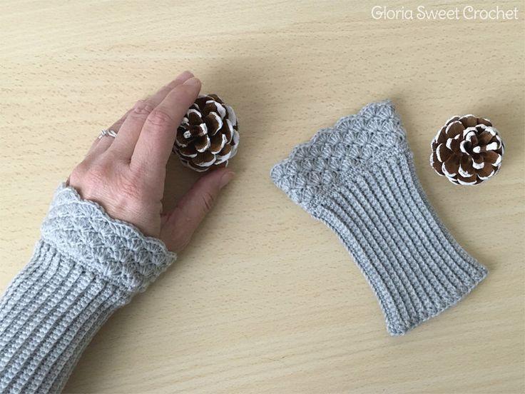 Scalda polso o Manicotti invernali, realizzati a uncinetto in pura lana. di GloriaSweetCrochet su Etsy https://www.etsy.com/it/listing/493635477/scalda-polso-o-manicotti-invernali
