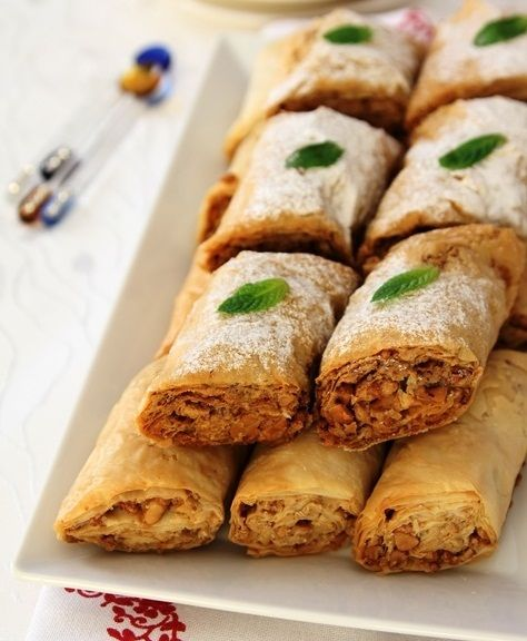 En lezzetli ve kolay Tahinli Kuru Baklava Tarifi - Yemektarifleri8