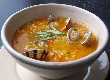 Sopa de arroz con almejas (soep met rijst en venusschelpen) - Bijzonder Spaans !