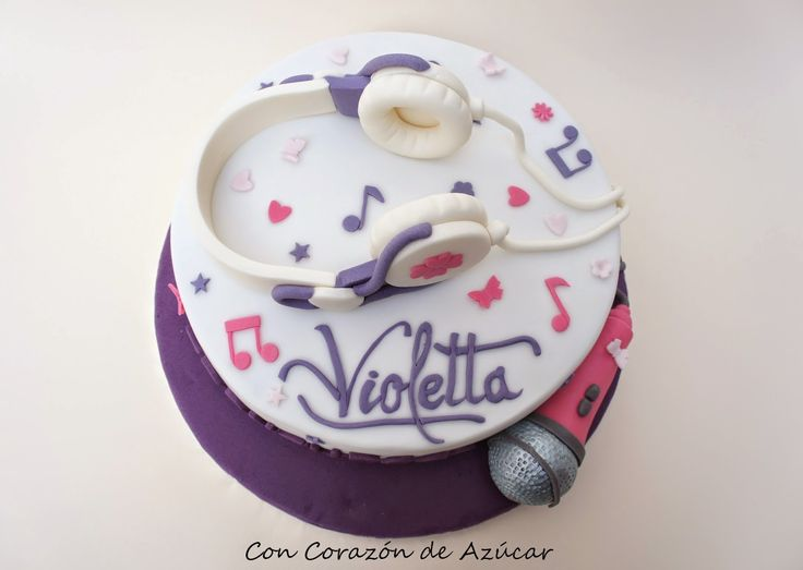 Tarta y Cupcakes Violetta [paso a paso auriculares y micrófono]