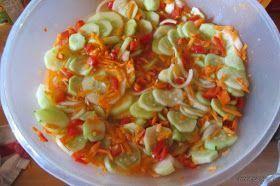 Moje gotowanie i pieczenie :)): Sałatka z ogórków i warzyw- robimy zapasy na zimę