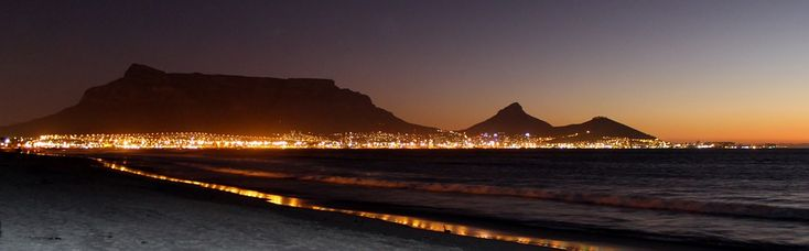 Breathtaking! Table Mountain, Cape Town, Night Photograph, Night Sky