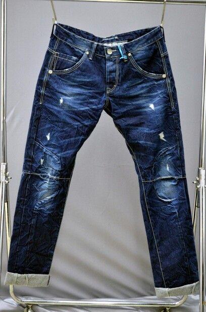 Shaft jeans man