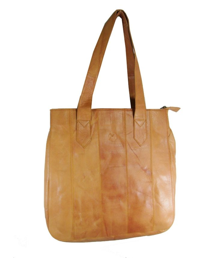 Loved it: Essart Tan Genuine Leather Shoulder Bags, http://www.snapdeal.com/product/essart-tan-genuine-leather-shoulder/619676310