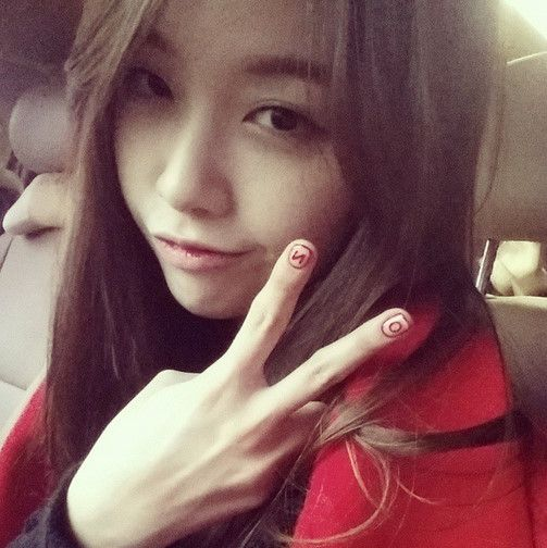 """Girl's Day Minah Opens An Instagram Account """"Let Me Try This Too"""" http://www.kpopstarz.com/articles/143180/20141128/girls-day-minah-opens-an-instagram-account-let-me-try-this-too.htm"""