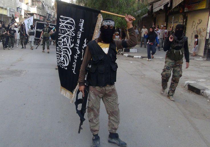Terroristas islâmicos implantam o horror no Iraque e na Síria | #AlQaeda, #EIIL, #Genocídio, #Jihadistas, #Yazidi