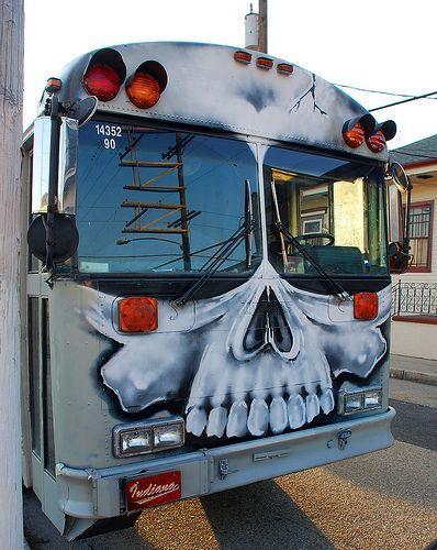 Street Art Skull Bus