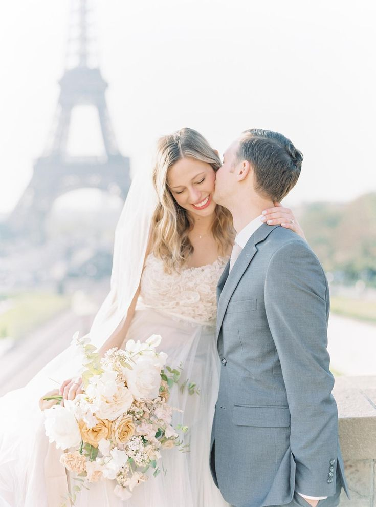 This Romantic Spring Elopement In Paris Is Every Girl S Dream