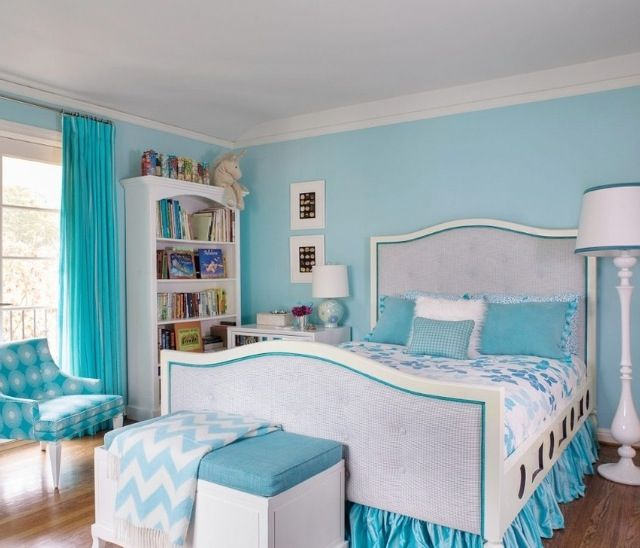 Feminine girly blue bedroom girls bedrooms bedding for Bedroom designs girly