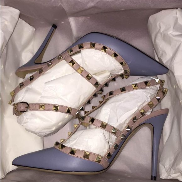 Valentino rockstud heels Brand new Valentino rockstud  sandal. Comes with box and everything . Size 37  original price is $995 plus tax. Valentino Shoes Sandals