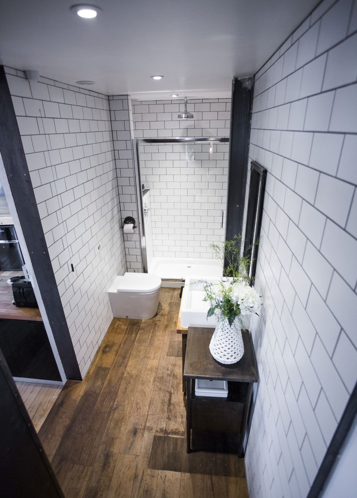 Vintage industrial design large shower and bathroom. The River Loft, Bristol  https://www.airbnb.co.uk/rooms/6347144