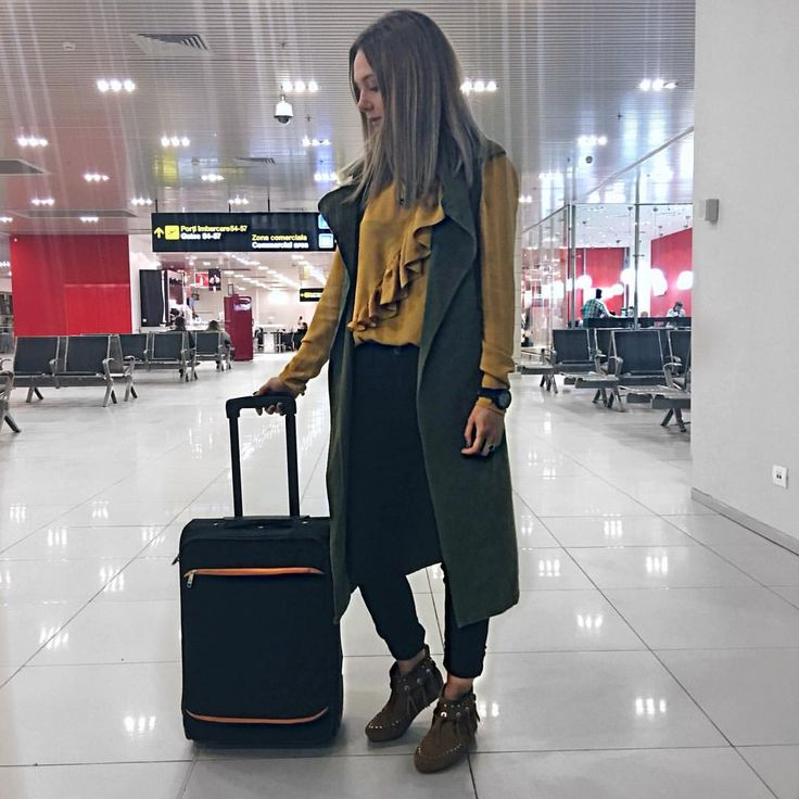 "55 Likes, 4 Comments - Iulia Constantin GLammYdiy.com (@giuly.ctin) on Instagram: ""Off we go for a new adventure ❤️ #first#cluj • • • • •…"""