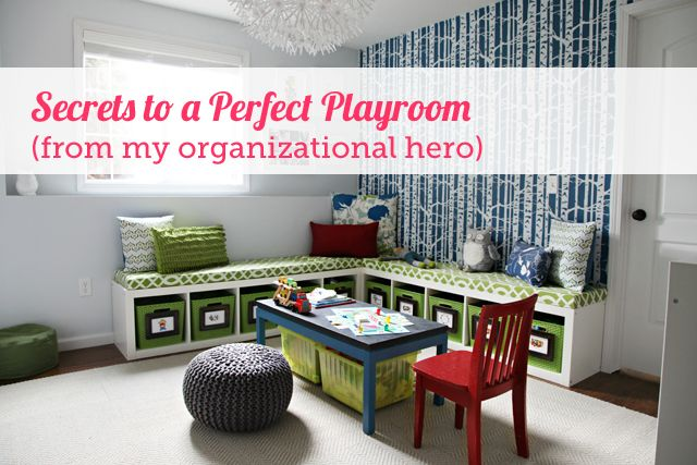 Remember when I teamed up with Jen of the infamous I Heart Organizing for that fabulous FLOR giveaway? And how she used her rug to complete her equally fabulous playroom?  Well… I begged, pleaded and cajoled until finally she agreed to come back and spill all her organizational secrets with us today as part of Project Organize …