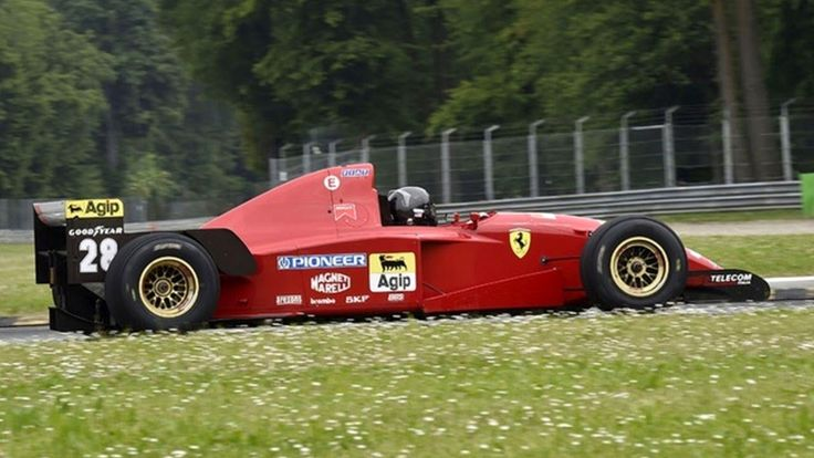 The Best Sounding F1 Engine: Ferrari 3.0L V12 - 1995 Ferrari 412 T2 Sound