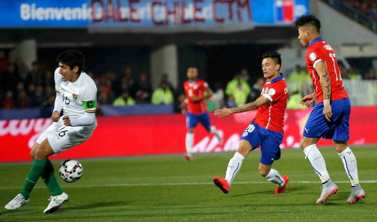 Chile 5 Mexico 0 in 2015 in Santiago. Charles Aranguiz scores after just 2 minutes in Group A at Copa America. 1-0 Chile.