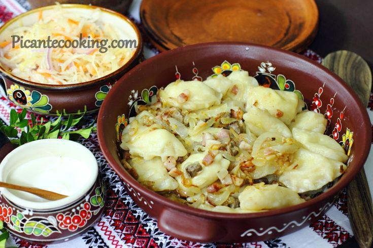 Pierogi ruskie z ziemniakami  i bryndzą