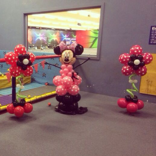 Minnie Mouse balloons