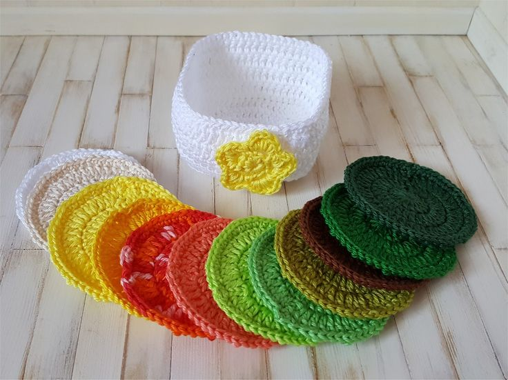 Lingettes démaquillantes lavables au crochet dans un panier : Autres pièces pour créations par atelier-crochet