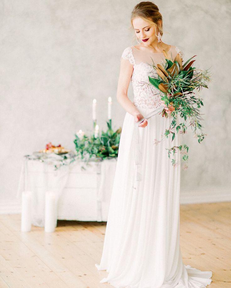 Незабываемый образ с букетом из магнолии #букетневесты #bouquetbride #bride #weddingdecor #weddingspb #weddingitaly #weddingrussia