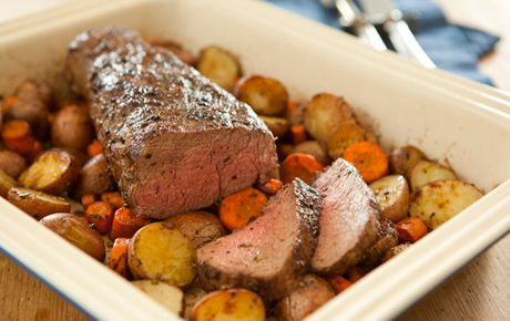 Roasted Beef TenderloinBeef Recipes, Christmas Parties, Whole Foods Market, Food Marketing, Maine Dishes, Beef Tenderloins, Roast Beef, Holiday Recipes, Roasted Beef