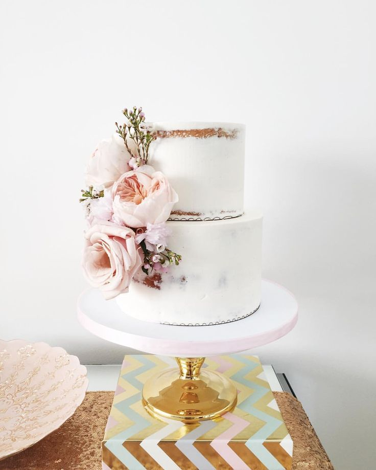 this adorable semi naked baby shower cake with Flower and Fringe styled by @desi… – Cakes!
