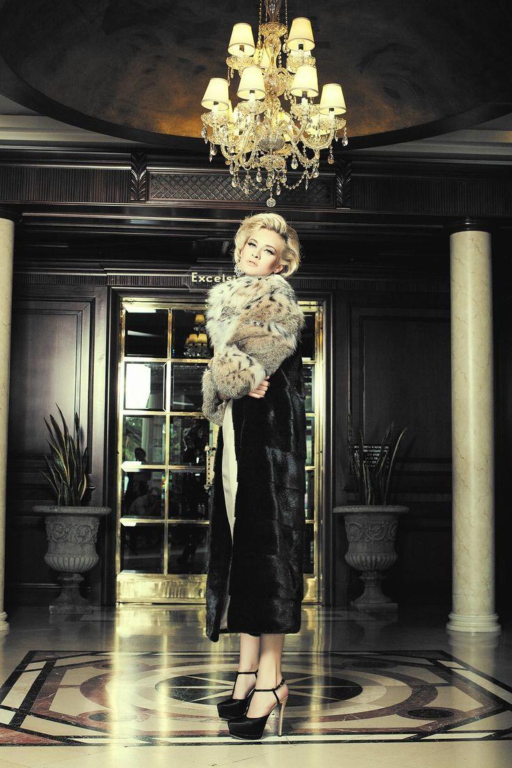 SARIGIANNI Fur производятся с 1969 года высокого качества.и всегда в ногу с модой. норковые шубы,Blackglama, соболь, норка, мода, меха, шубы дубай, Шуба