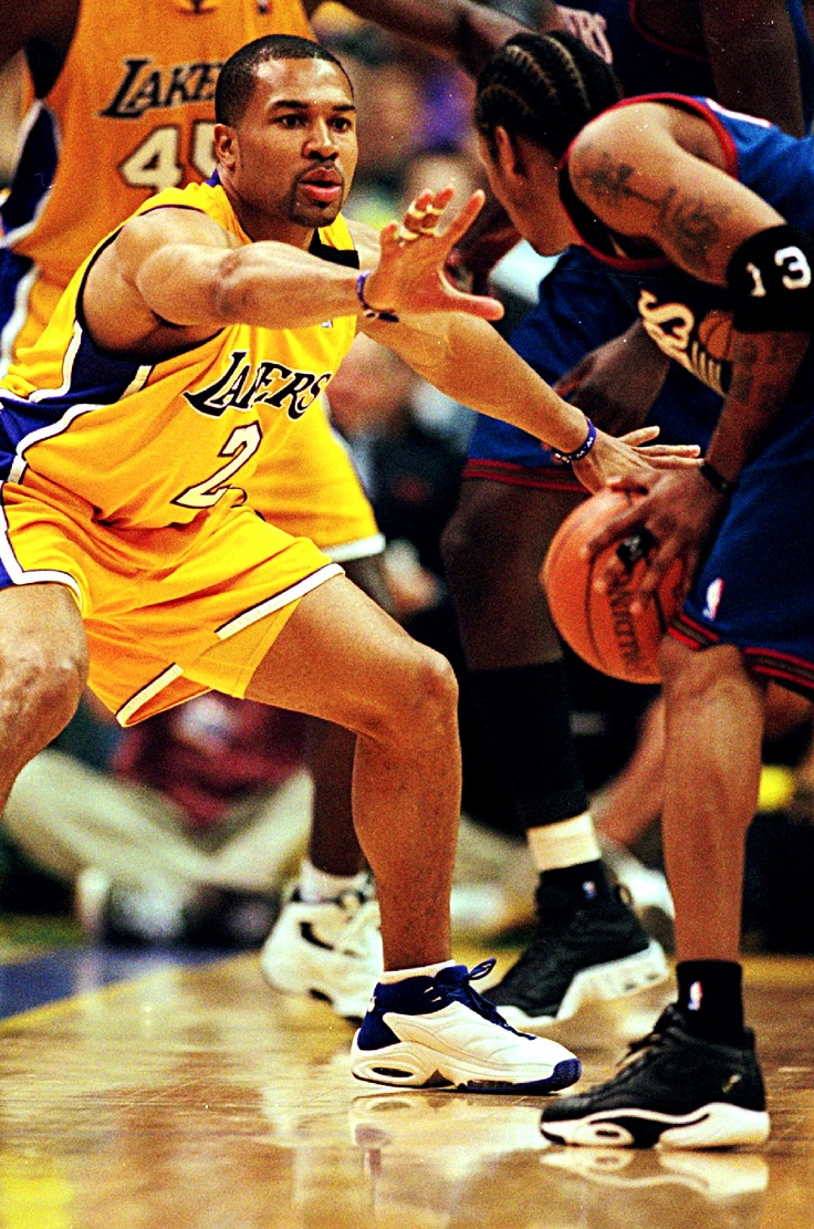 Derek Fisher guarding Allen Iverson