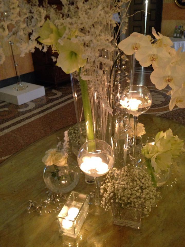 Candele, vasi, fiori, inverno