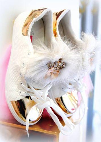 Χειροποίητα γυναικεία sneakers τύπου stan smith croco  http://handmadecollectionqueens.com/Γυναικεια-Sneakers-croco  #handmade #fashion #footwear #sneakers #women #storiesforqueens