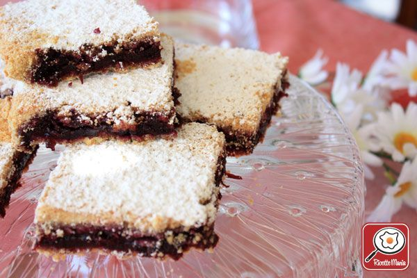 TORTA SBRICIOLATA AI MIRTILLI    http://www.ricettemania.it/ricetta-torta-sbriciolata-ai-mirtilli-10175.html