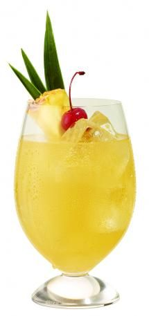 Barefoot Moscato Sunshine Cooler 2 ounces Barefoot Moscato Wine 1 ounce Peach Juice 1 ounce Pineapple Juice 1 ounce Ginger Ale Maraschino Cherry and/or Pineapple Slice Garnish