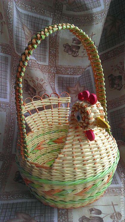 Купить или заказать Корзина плетеная Светлая Пасха в интернет-магазине на Ярмарке Мастеров. Праздник Пасхи - один из самых любимых праздников весны, который несет с собой чистоту и духовность, веру, надежду и любовь. Один из традиционных атрибутов Пасхи - эта пасхальная корзинка, в которую складываются крашеные яйца, куличи для освещения в храме. Такая оригинальная корзина, наполненная ароматными вкусностями, станет отличным подарком на Пасху и подарит радость вам и вашим близким.