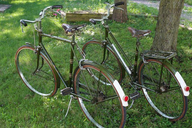 Vintage Raleigh Roadsters by Simply Bike, via Flickr