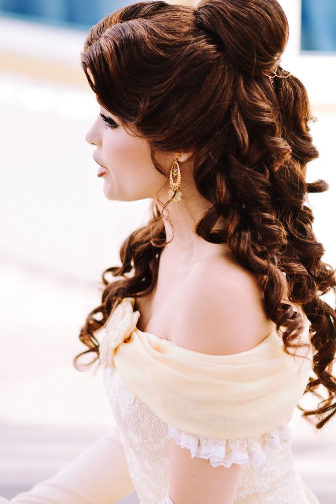 Belle Disney Cosplay Cosplaygirl Cosplaystyle Disneycosplay Belle Hairstyle Belle Cosplay Princess Hairstyles