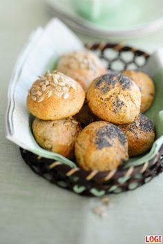 Wie ihr LOGIsch in den Tag starten könnt, war bereits in unserem Blogbeitrag von Mitte September zu lesen: LOGI bietet viele köstliche kohlenhydratarme Alternativen zum klassischen Frühstück. Mit Letzterem kann man sich blitzschnell einen Haufen Kohlenhydraten einverleiben und tappt schon am Morgen in die Kohlenhydratfalle. Aber nicht mit LOGI! Ein LOGIsches Frühstück mit zuckerarmem Obst, …