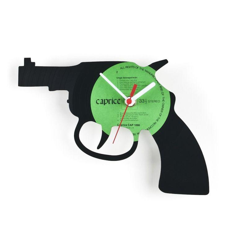 wall clock gun