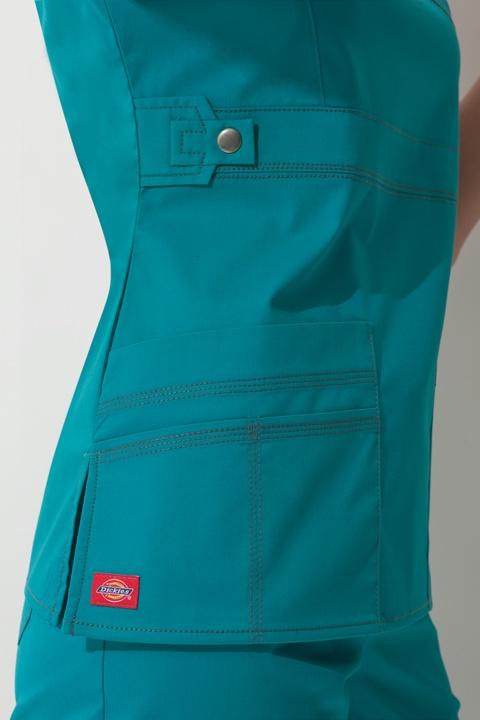 Modern design + great color! #Dickies #Scrubs #Nurses