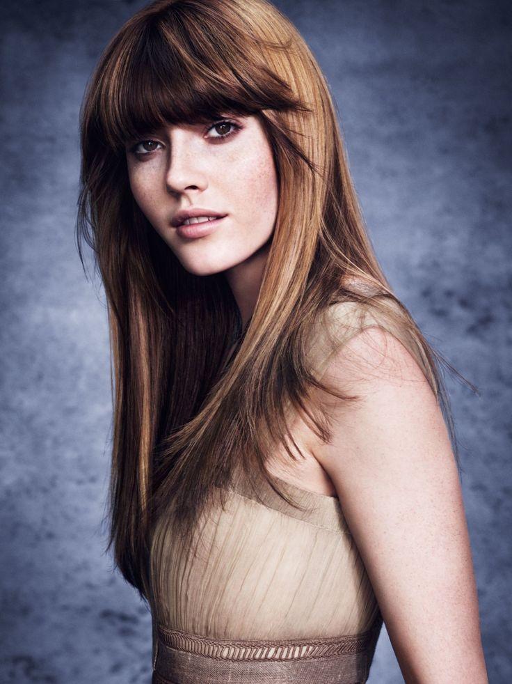 Zusammenspiel von Schatten und Licht: Beim Hair Color Contouring wird das Gesicht dank der Farbschattierungen einrahmt und individuell für jeden Gast angepasst.Welche Haarfarben sind noch angesagt? Das erfahrt ihr hier: Haarfarben