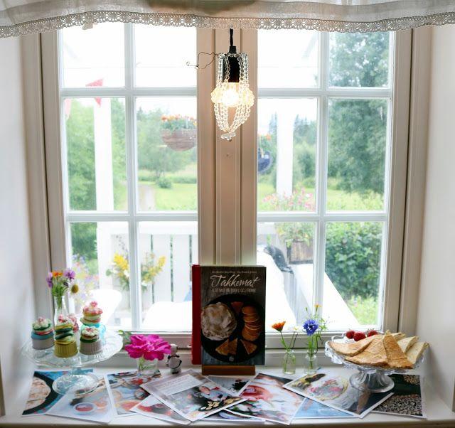 Englekyss: Mitt kjøkkenvindu i august 2016