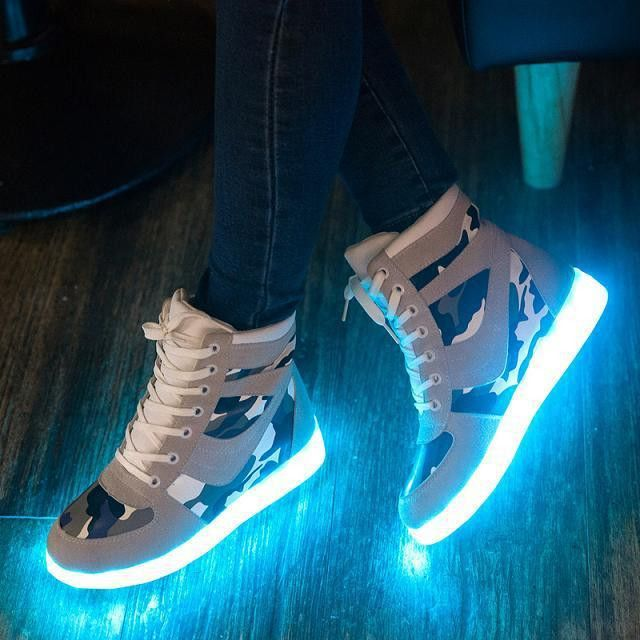 Women Colorful Glowing Shoes with Lights Up Led Luminous Shoes Simulation Sole Led Shoes for Adults Height Increasing Shoes Boot