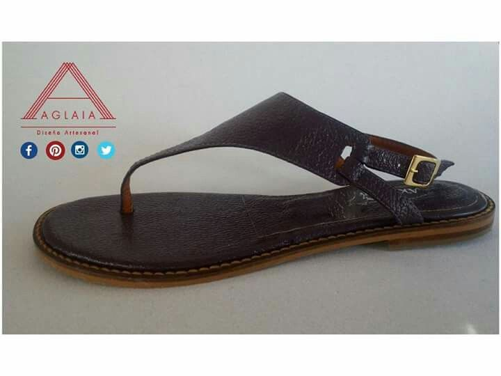 #ConoceAGLAIA #AGLAIArtesanal @aglaiartesanal ¿Cómo los quieres? Diseños personalizables, 100% cuero y fabricados por artesanos Caleños.